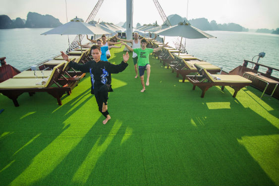 Dragon Legend cruise Halong bay 16