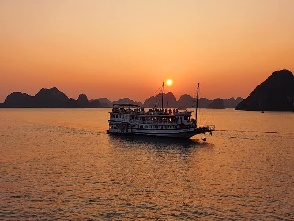 sunset in Halong bay